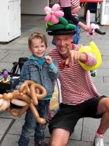 Kinderunterhaltung mit Luftballonfiguren vom Osnabrücker Duo Dings