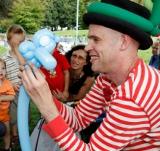 Felix vom Duo Dings als Luftballonkünstler bei Stadt der Farben - JKC Kamen